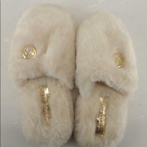 NEW *50% off Michael Kors MK Fluffy Cream Slippers